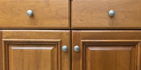 Very Similar To Euro Cabinets In Appearance, Full Overlay Cabinets Offer  Many Of The Same Benefits As Euro. These Cabinets Have A Frame But The  Frame Widths ...